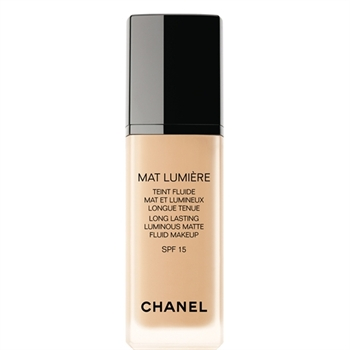 Chanel MAT LUMIÈRE LONG LASTING LUMINOUS MATTE FLUID MAKEUP SPF 15